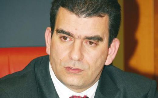 Το Πρόσωπο της Ημέρας: Ο Ανδρέας Καρέλιας χάρισε 2,5 εκατ. ευρώ στους εργαζόμενούς του | ΜΙΚΡΟΠΡΑΓΜΑΤΑ | ΣΤΗΛΕΣ | Blogs | LiFO