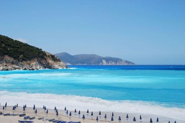 Ένα εντυπωσιακό σπίτι με θέα την ομορφότερη παραλία του κόσμου! - Travel Style