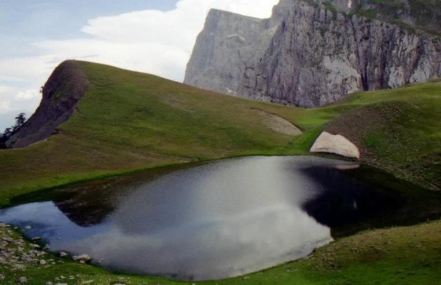 """a """"Dragon"""" lake @ #Zagori, #Epirus, #Greece"""
