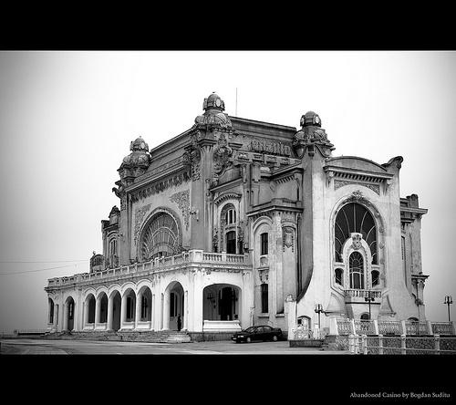 Abandoned Casino, originally uploaded by Bogdan Suditu.